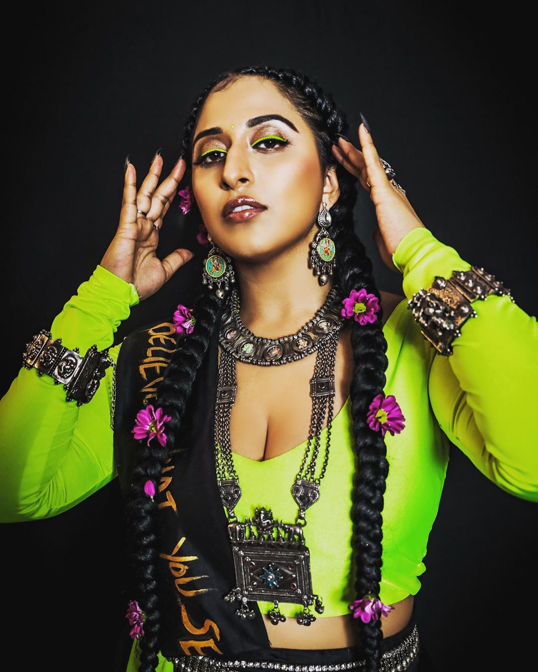 American Music Awards to get a desi twist as Raja Kumari becomes first 'Indian American' to host