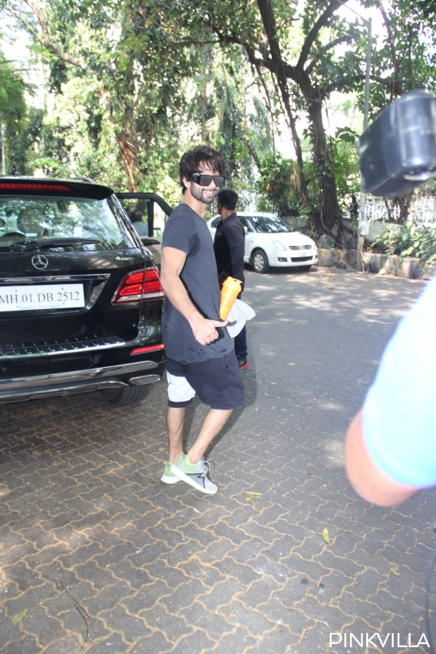 PHOTOS: Shahid Kapoor gives the perfect Wednesday motivation as he is all pumped up post his workout