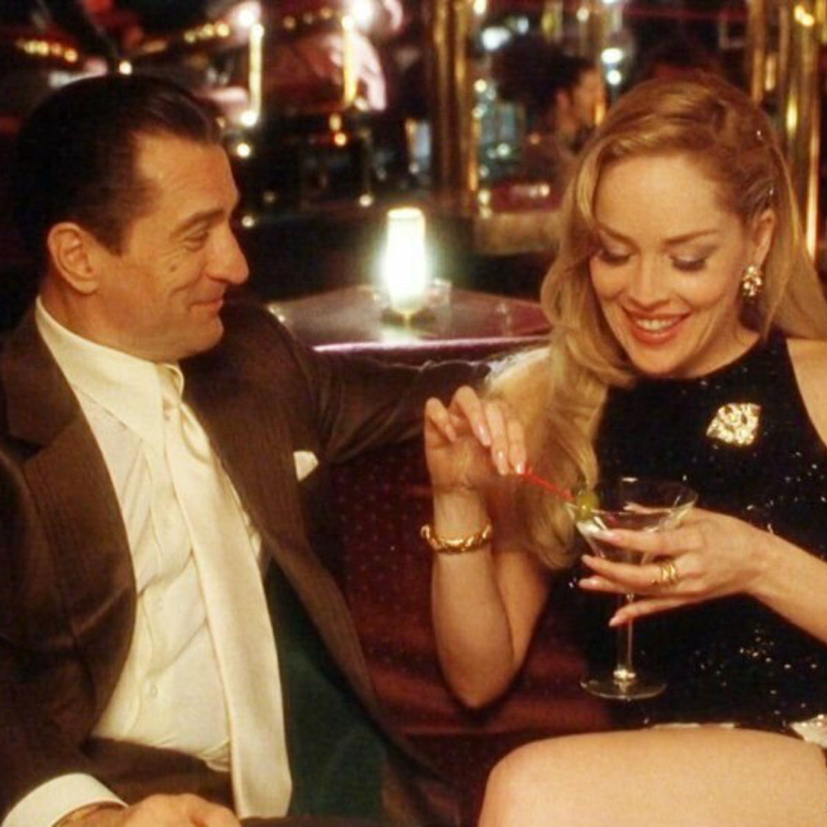 Sharon Stone declares Robert De Niro as Hollywood's best kisser; Says he  was the 'pinnacle of kissing for me' | PINKVILLA