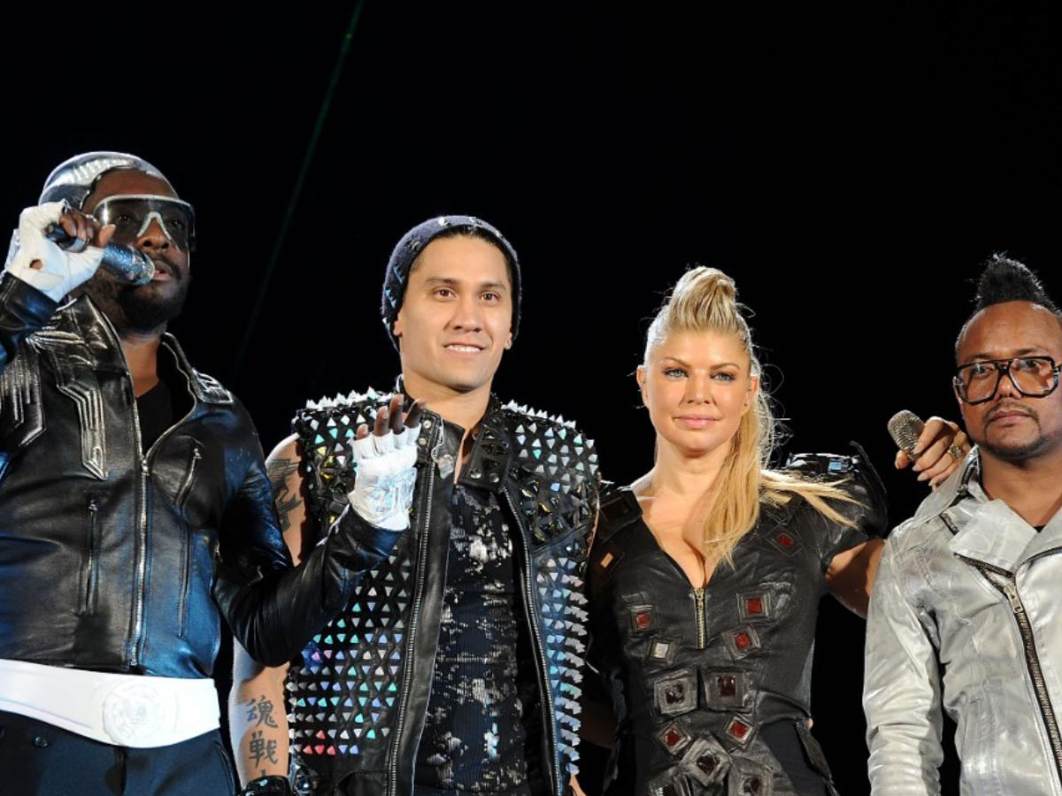 Black Eyed Peas members finally REVEAL why Fergie left the group: She's focusing on being a mom | PINKVILLA
