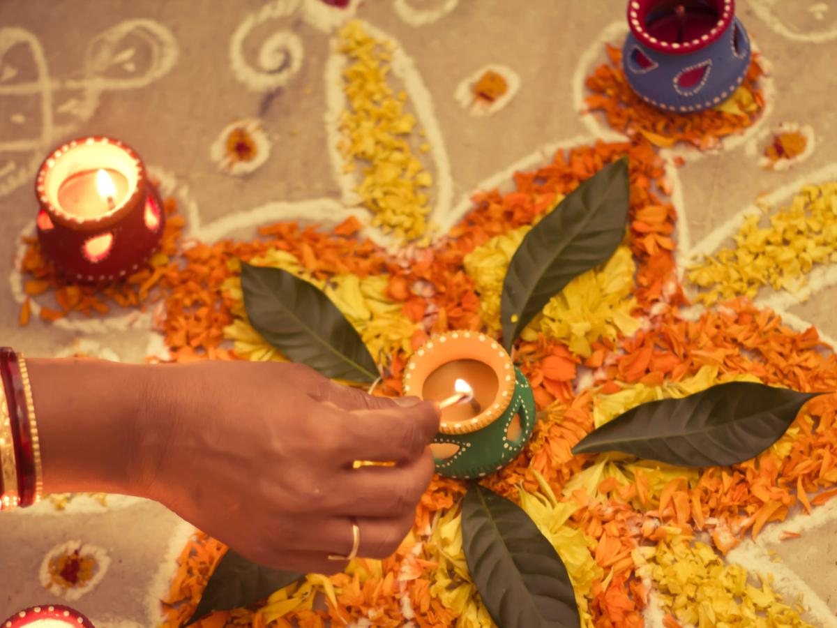 hindu new year 2020 wishes quotes and whatsapp messages to wish your friends and family pinkvilla hindu new year 2020 wishes quotes and