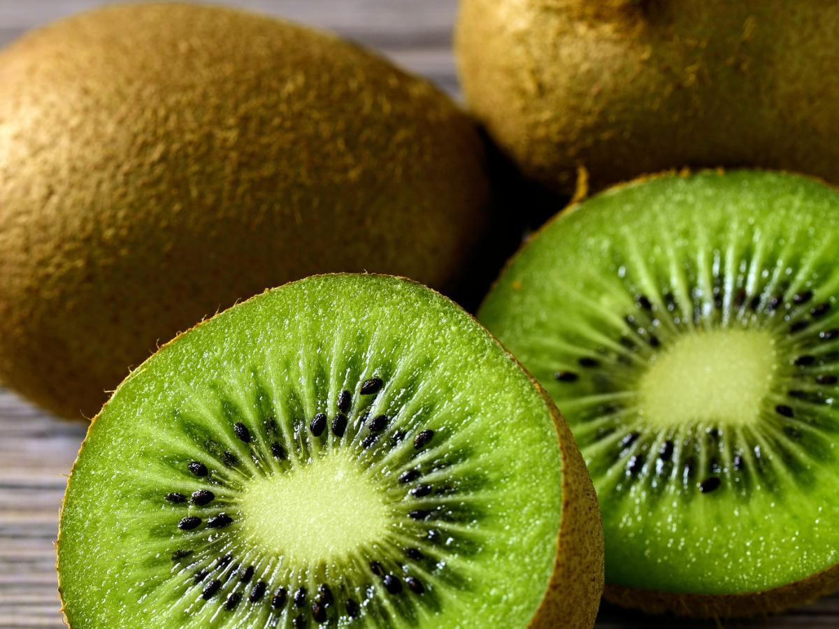 Kiwi Fruit Health Benefits: 7 Reasons why you should add this food to your  diet   PINKVILLA