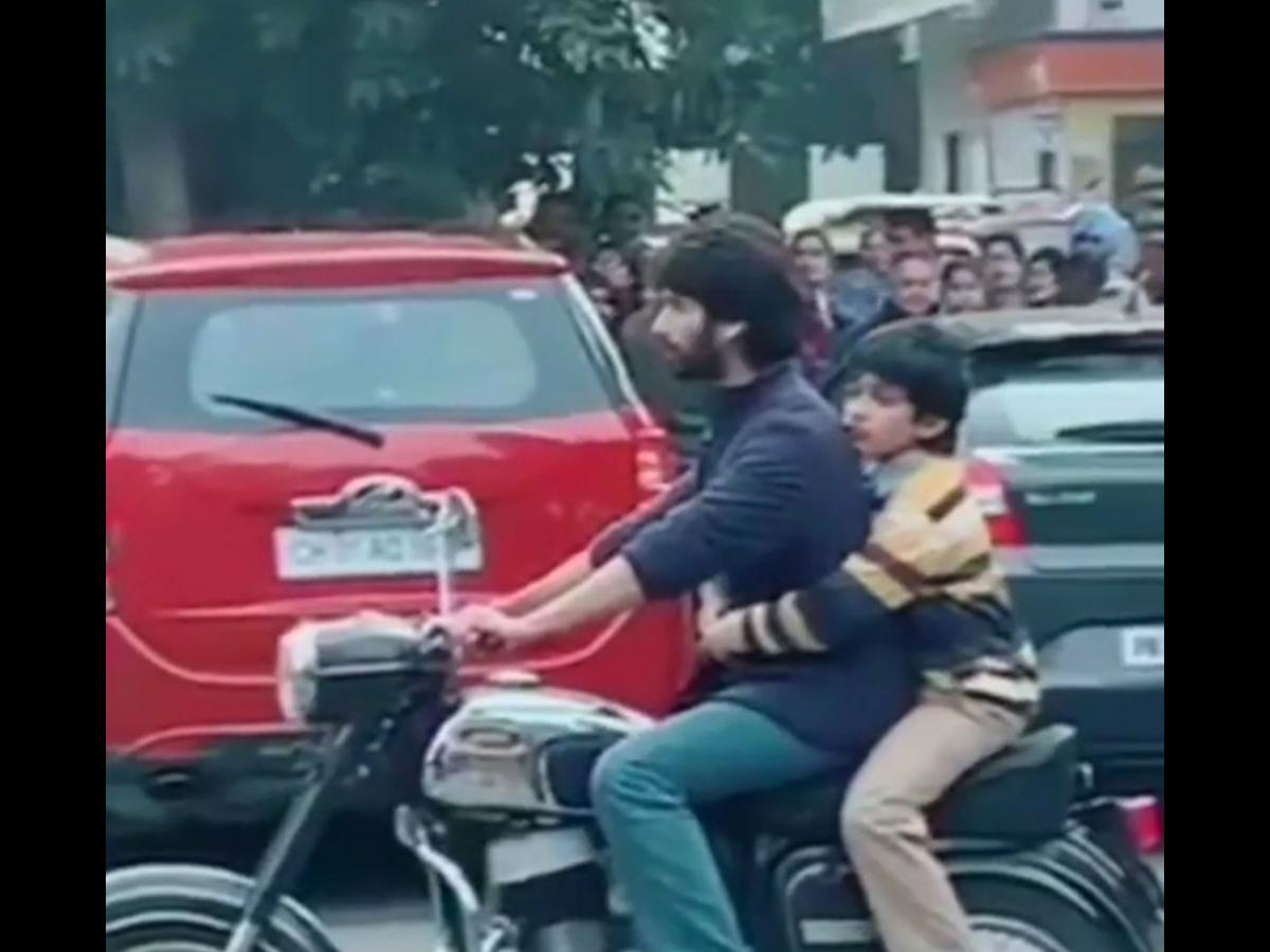 Shahid Kapoor Riding A Royal Enfield In This Video From Jersey Sets Will Make You Nostalgic About Kabir Singh Pinkvilla