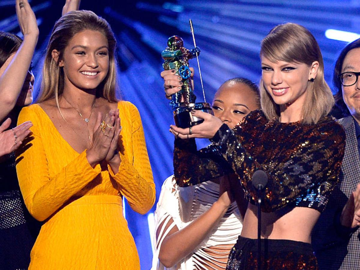 Taylor Swift Pens A Folklore Song Based On A Story Gigi Hadid Recommended The Pregnant Model Is Super Happy Pinkvilla