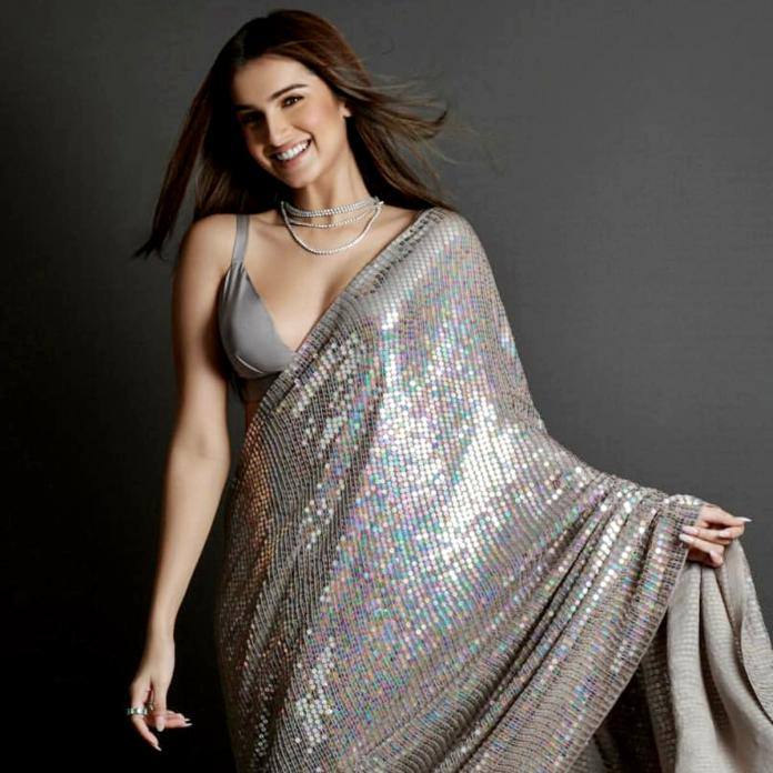 Tara Sutaria: When the star looked every bit regal and stole the show in  Manish Malhotra's outfits