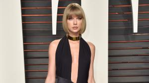 6 Times Taylor Swift gave cues on how to rock a thigh high...