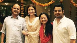 Anushka Sharma looks like one happy soul in THESE pictures with her family; Check out