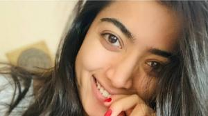 From messy hair to no makeup, Rashmika Mandanna's beautiful selfies are too good to miss