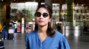 Hina Khan opts for a denim jumpsuit for her latest airport look and we love it