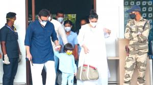 WATCH: Pregnant Kareena Kapoor Khan, Saif Ali Khan and Taimur Ali Khan return to Mumbai