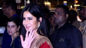 Katrina goes RED! Chooses a plain vermilion lehenga with elaborate gota border at Bachchan's Diwali party 2019