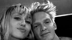 Miley Cyrus and Cody Simpson's THESE romantic selfies are ...