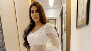 Bigg Boss 14 contestant Nikki Tamboli proves her saree looks are beyond stunning; Check it out