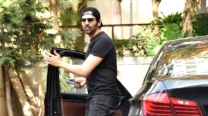 When Kartik Aaryan stepped out wearing an uber cool all black look and EXPENSIVE Valentino sneakers