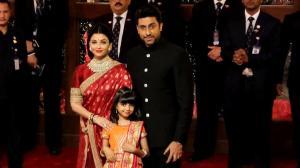 Royalty in Red! Aishwarya in a Benarasi silk saree by Sabyasachi Mukherjee is the best pick for our trousseau
