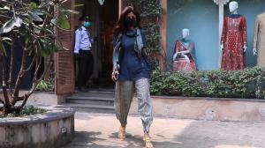 WATCH: Shilpa Shetty yells at paparazzi for not wearing mask amid COVID 19
