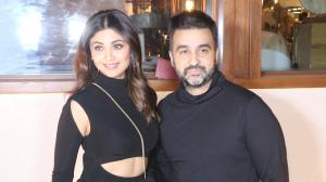 Date Night Out: Couples Shilpa Shetty, Raj Kundra & Riteish Deshmukh, Genelia step out for a fun outing