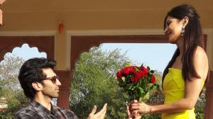 When Aditya Roy Kapur was goofing around & went on one knee to offer roses to Katrina Kaif; See THROWBACK Pics