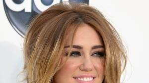When Miley Cyrus wore a nose ring to the Billboard Music A...
