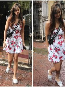 Disha Patani gets clicked by the shutterbugs post salon