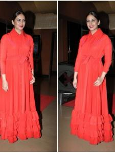 Huma Qureshi looks red hot during the trailer launch