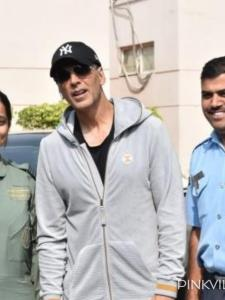 Akshay Kumar: From crying for his fan to sharing their creativity; When the star showed love for his admirers