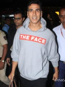 Akshay Kumar: When Laxmmi Bomb star returned to Mumbai in a Gucci hoodie worth more than a lakh; See Photos