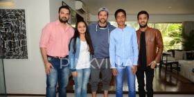 Kaabil with Pinkvilla! Hrithik Roshan meets his die-hard fans and makes their dreams come true