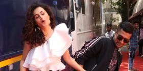 Vicky Kaushal & Tapsee Pannu have a Manmarziyaan reunion which resulted in some goofy pictures; Check it out