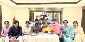 Happy Mother's Day: Chiranjeevi, Allu Arjun and Mahesh Babu share precious moments of them with their mom