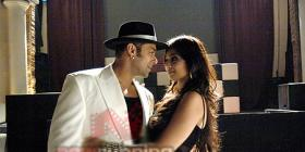 Salman & Ayesha in Wanted Dead and Alive