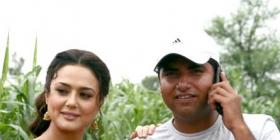 Preity Zinta on the sets of Heroes