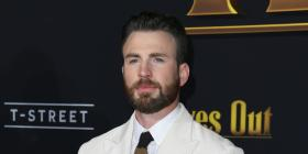 Knives Out star Chris Evans REVEALS he dated a co star in high school; DEETS INSIDE