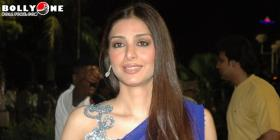 Tabu at Tiger Balm South Filmfare Awards