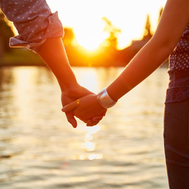 10 Signs prove that you have a healthy relationship with beau