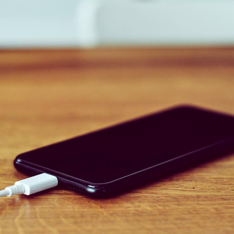 People,charging mistakes,cellphones