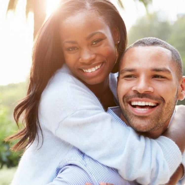 6 Signs prove that you have a happy married life that will last