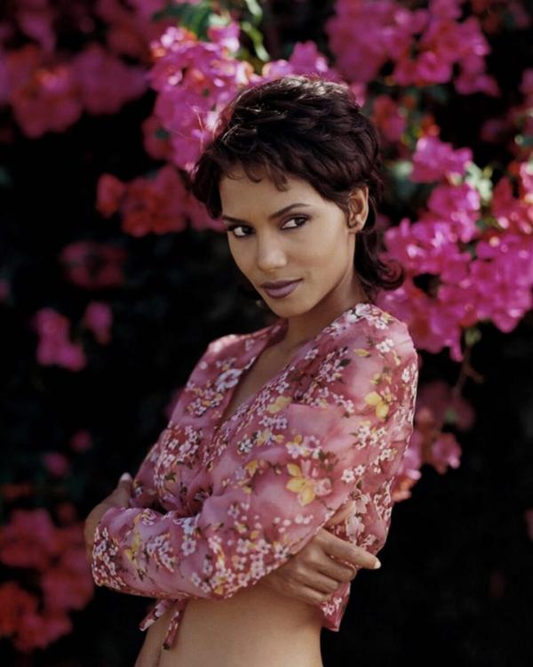 Halle Berry injures herself during a fight scene on the sets of Bruised