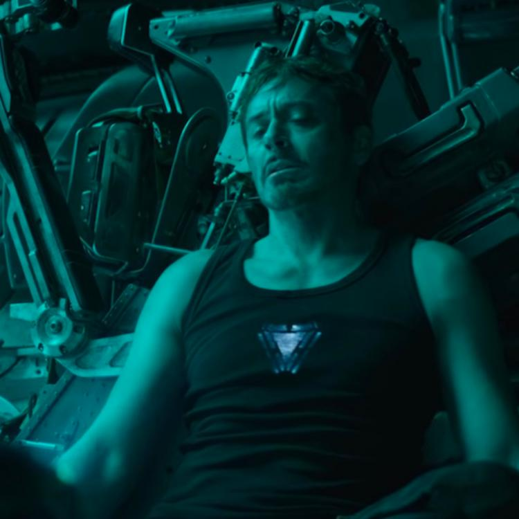 Avengers: Endgame: Buffalo Wild Wings offers to deliver wings to the starving Tony Stark in space