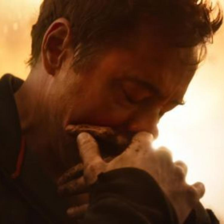 Avengers:Endgame: New theory suggests that Iron Man aka Tony Stark dies not once but 14 million times