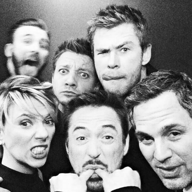 Avengers: Endgame star Jeremy Renner shares groupfie of original 6 Avengers before their final movie comes out