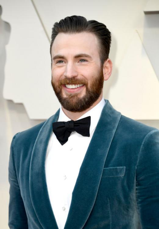 Chris Evans revealed that he wants to live a domestic life with wife and kids.