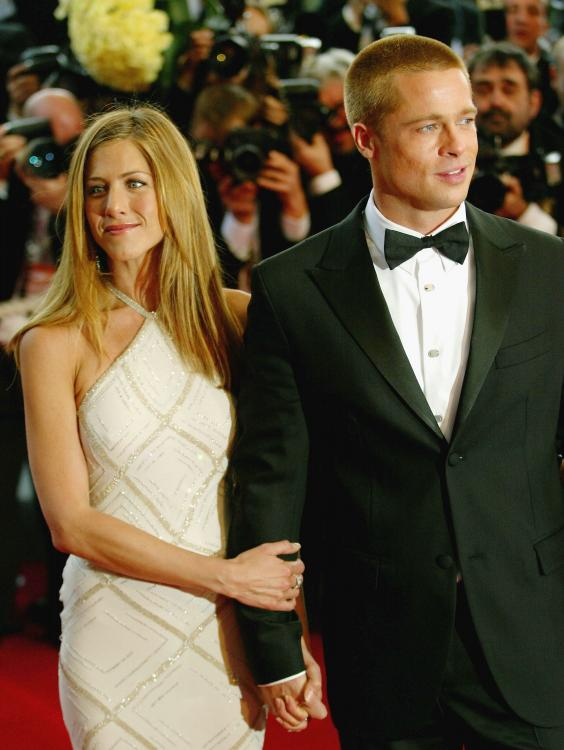 Flashback Friday: When Jennifer Aniston shed tears over divorce with Brad Pitt & Angelina Jolie's pregnancy