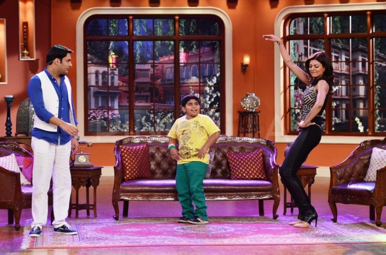 Photos,sushmita sen,Comedy Nights with Kapil