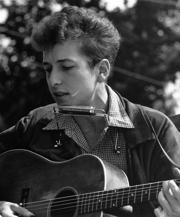 Let's talk: Does Bob Dylan deserve his Nobel Prize for literature?