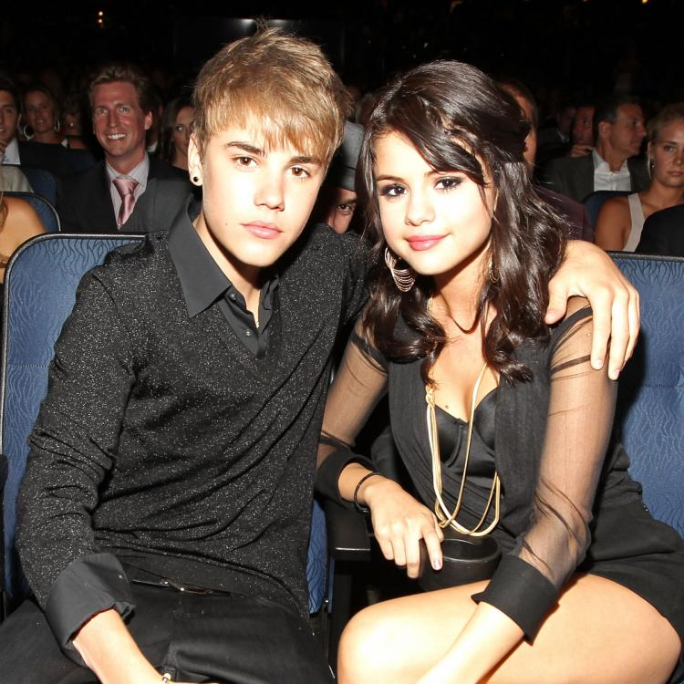 Justin Bieber gets a recommendation from Instagram to follow his ex girlfriend Selena Gomez; See Pic