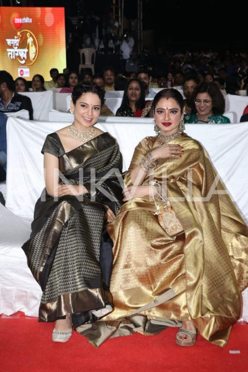 Rekha received an award from Kangana Ranaut as the latter wore a saree gifted by the legendary actress.