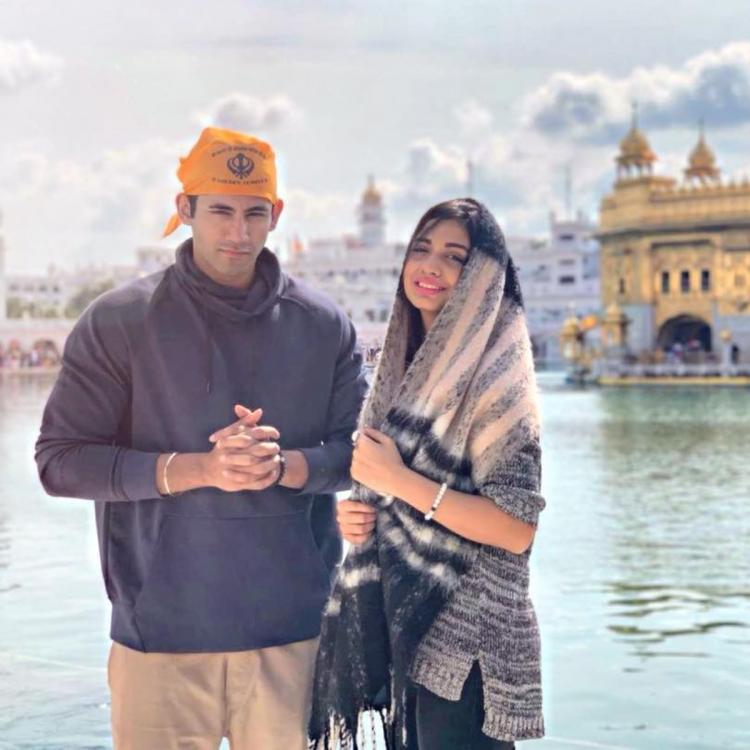 Lovebirds Divya Agarwal and Varun Sood visit the famous Golden Temple; see pics