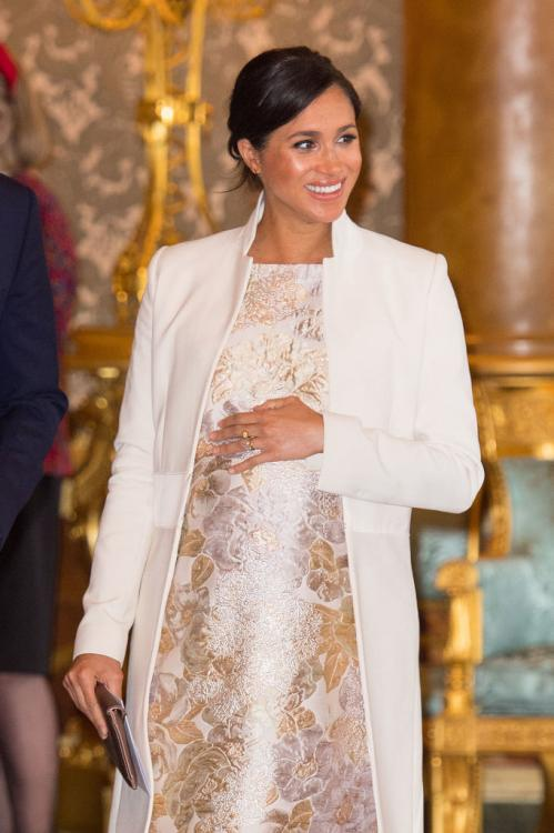 Meghan Markle prepares for motherhood with help from Victoria Beckham; DEETS INSIDE