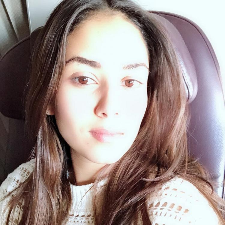 Mira Kapoor's no makeup look is the perfect dose of beauty we need for the weekend; see pic